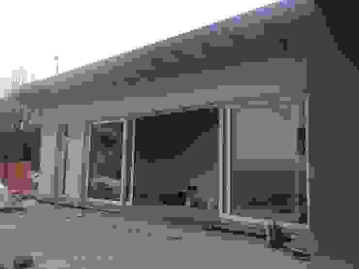 Modern Windows and Doors by BENDOTTI ZAMBONI Tecnici Associati Modern