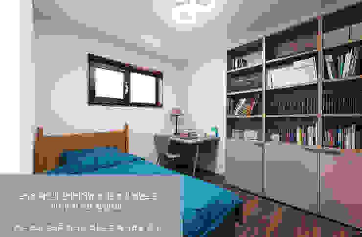 윤성하우징 Modern style media rooms