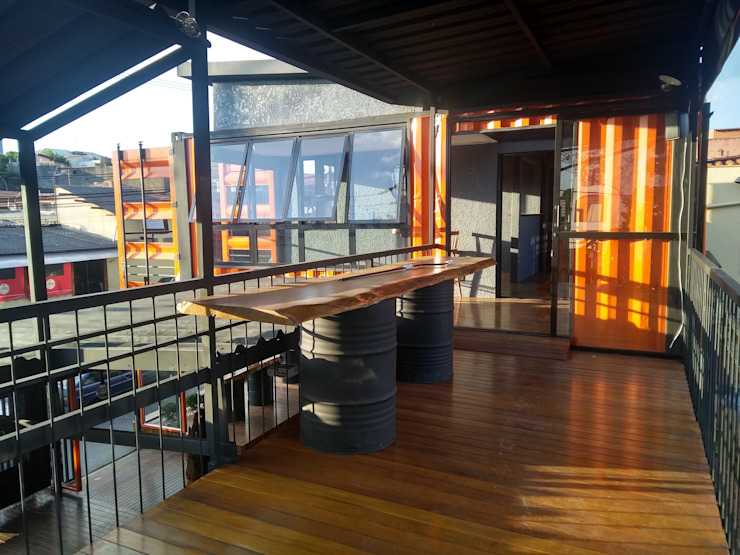 Bar Container 648 AP Arquitetura Ecoeficiente Bares e clubes modernos Ferro/Aço Laranja