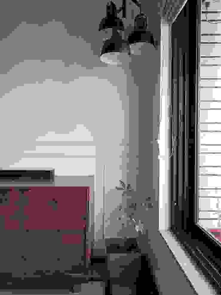 STUDIO AT DESIGN Living room