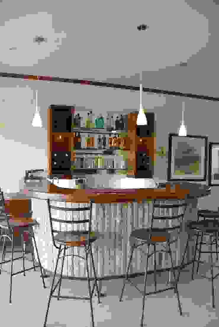 Custom Made Bars - Signature Kitchens by Signature Kitchens