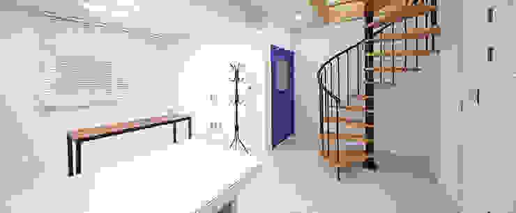 계단실 by 윤성하우징 모던