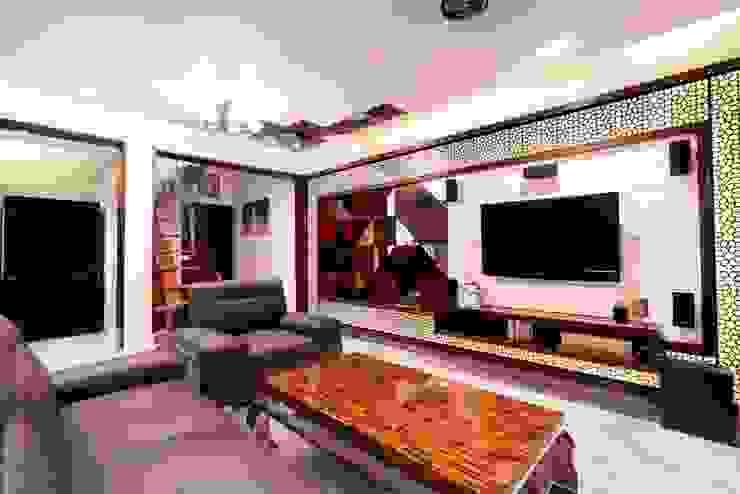 Apartment Interiors at Porvorim Goa Modern living room by Finch Architects Modern