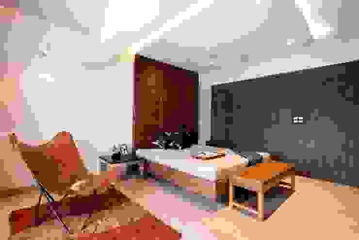 Apartment Interiors at Porvorim Goa Modern style bedroom by Finch Architects Modern