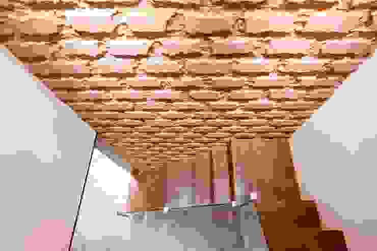 Apartment Interiors at Porvorim Goa Modern walls & floors by Finch Architects Modern
