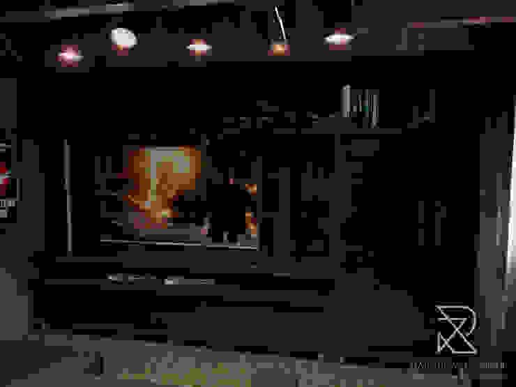 Rustic style media rooms by Rafaela Longhi Arquitetura e Interiores Rustic MDF