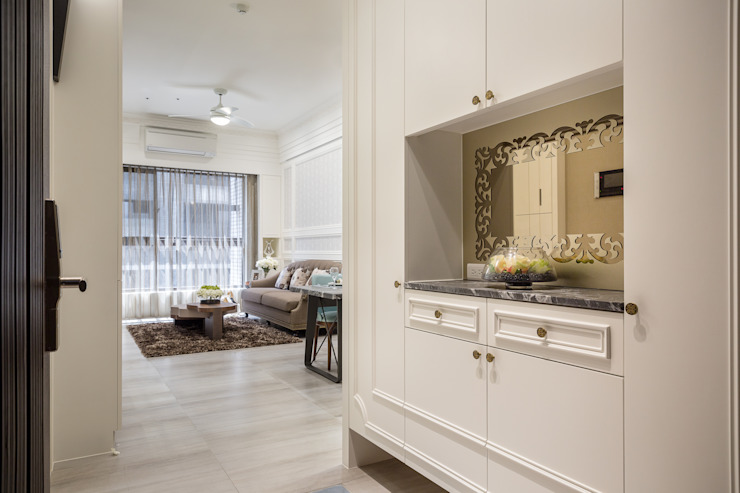 英倫雅致-上河園 乡村风格的走廊,走廊和楼梯 根據 富亞室內裝修設計工程有限公司 鄉村風 合板