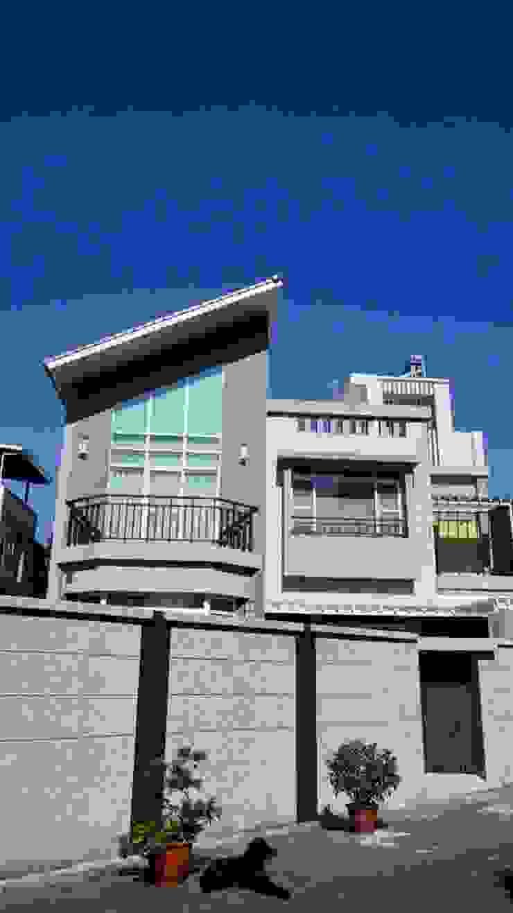 自地自建案 南台灣透天建築 根據 艾莉森 空間設計 田園風