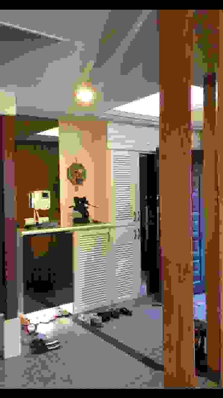 自地自建案 南台灣透天建築 鄉村風格的走廊,走廊和樓梯 根據 艾莉森 空間設計 田園風
