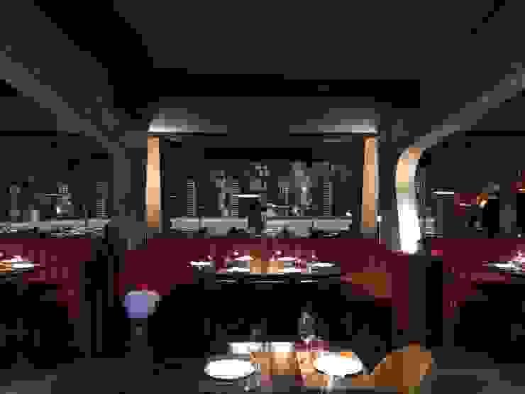 Gastronomia in stile moderno di Sarah Paula - Interior Design Moderno