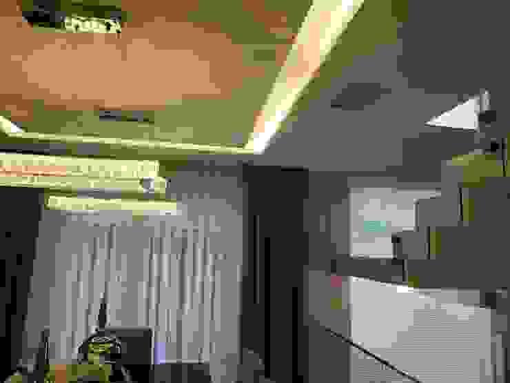 KENP - soluções em áudio e vídeo Modern dining room