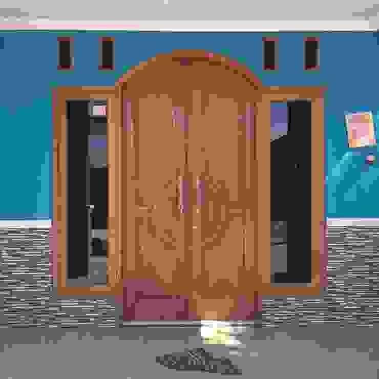 Perum Griya Adi, Kuniran ud.CMTO pintu depan Kayu
