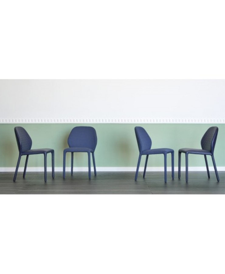 Dumbo Chair Miniforms de Lomuarredi Ltd Moderno