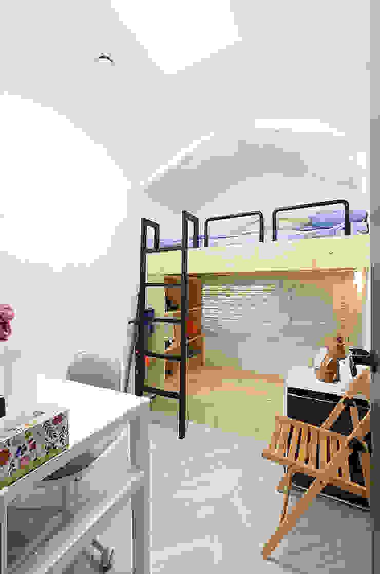 미니룸 모던스타일 미디어 룸 by 주택설계전문 디자인그룹 홈스타일토토 모던