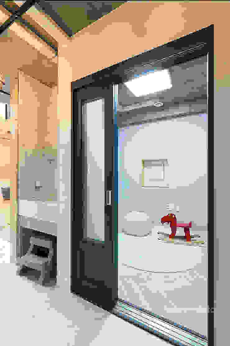 키즈룸 모던스타일 미디어 룸 by 주택설계전문 디자인그룹 홈스타일토토 모던