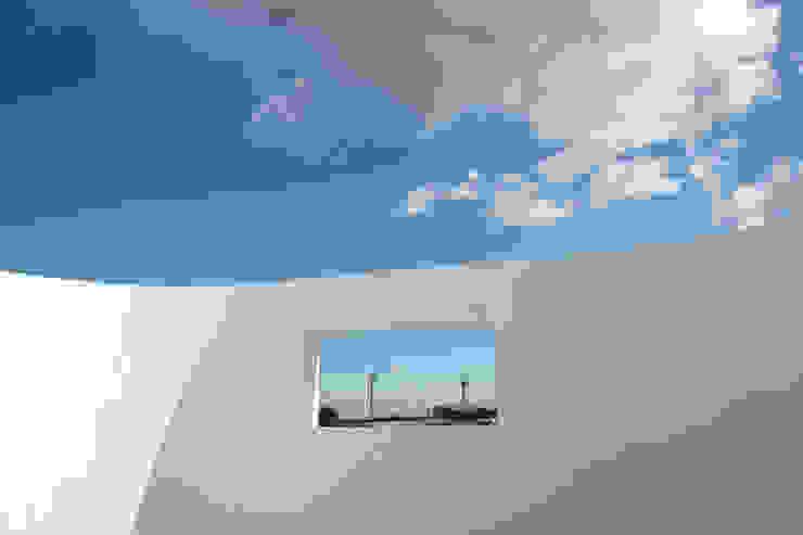 Casas modernas de AAPA건축사사무소 Moderno