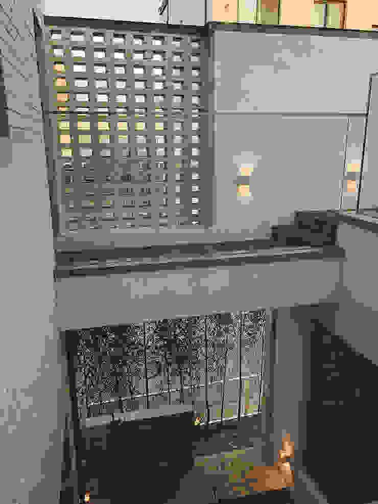 Modern houses by AAPA건축사사무소 Modern
