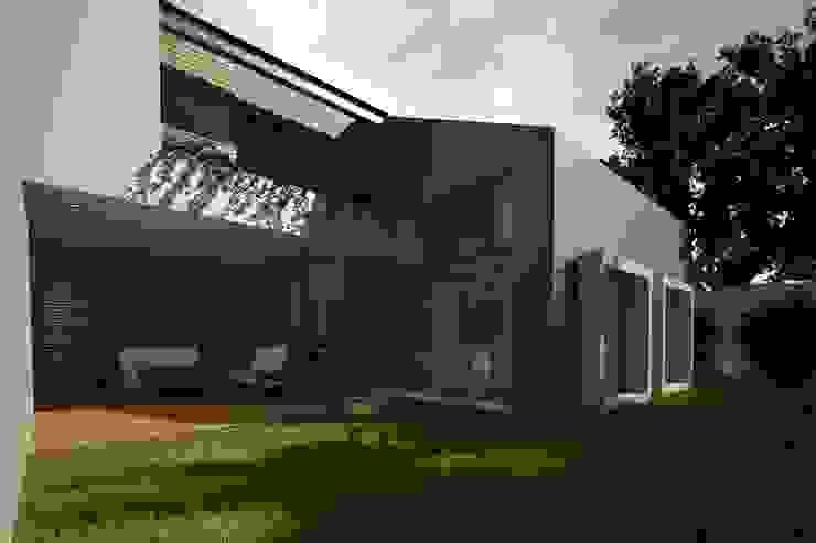 FACHADA TRASERA Casas modernas de Xome Arquitectos Moderno