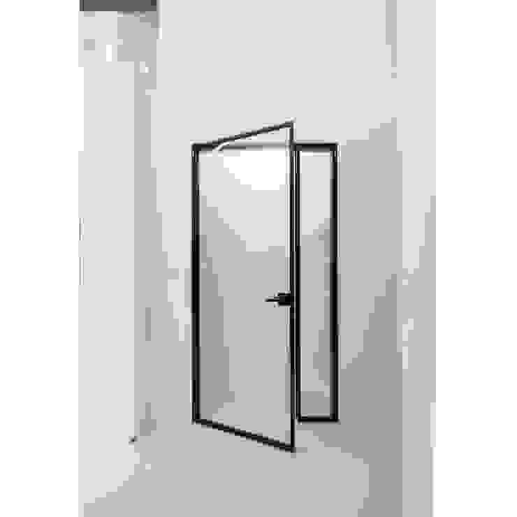 ALU-SW (1SW, 양개형 여닫이도어) 모던 스타일 전시장 by WITHJIS(위드지스) 모던 알루미늄 / 아연