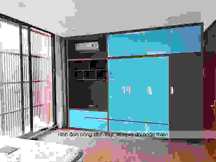 Ảnh thực tế tủ quần áo có kệ tivi nhà anh Phương ở Thanh Hóa: hiện đại  by Nội thất Hpro, Hiện đại