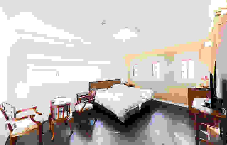 주택 내부 지중해스타일 침실 by 더존하우징 지중해