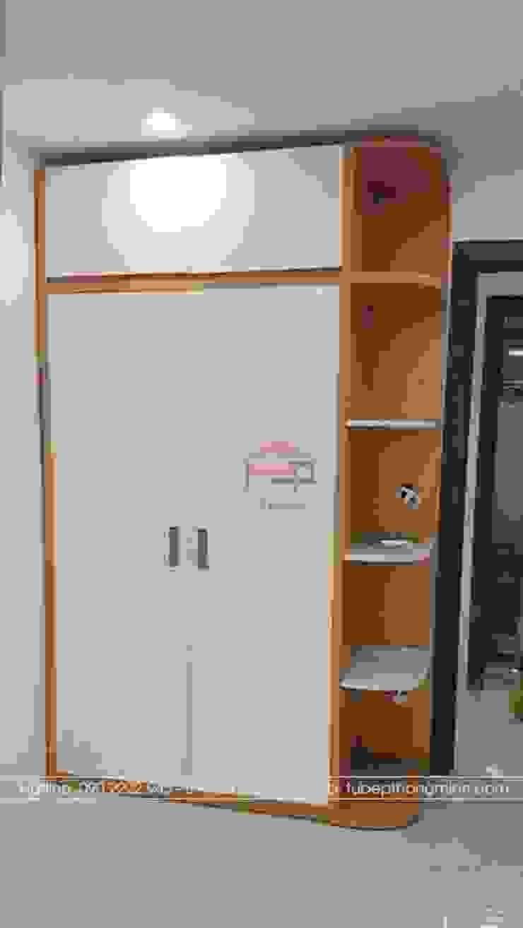 Ảnh thực tế tủ quần áo kèm kệ trang trí trong phòng ngủ bé trai nhà anh Mai ở Việt Trì: hiện đại  by Nội thất Hpro, Hiện đại