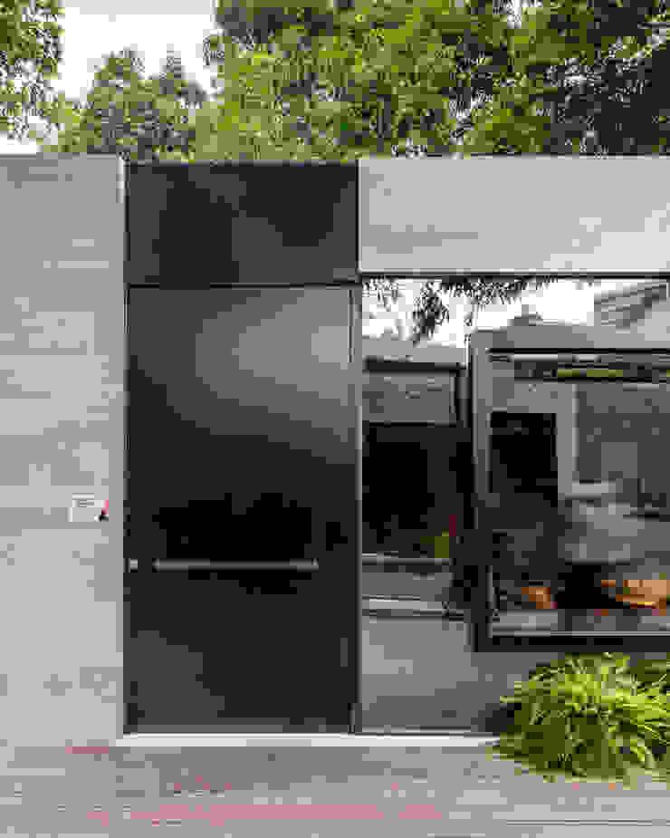 modern  by Sônia Beltrão Arquitetura , Modern Aluminium/Zinc