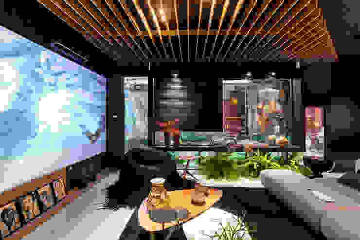 Sala da Imagem e do Som | Casa Cor PE 2018 | Detalhe integração Interior/Exterior Salas de estar modernas por Arquitetura Sônia Beltrão & associados Moderno