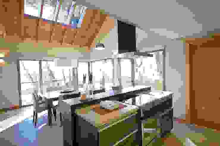 Built-in kitchens by Fabiana Ordoqui  Arquitectura y Diseño.   Rosario | Funes |Roldán