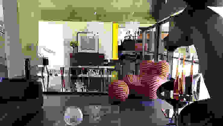 A Garden Serpentine Structure Modern Living Room by PWM Architects Modern