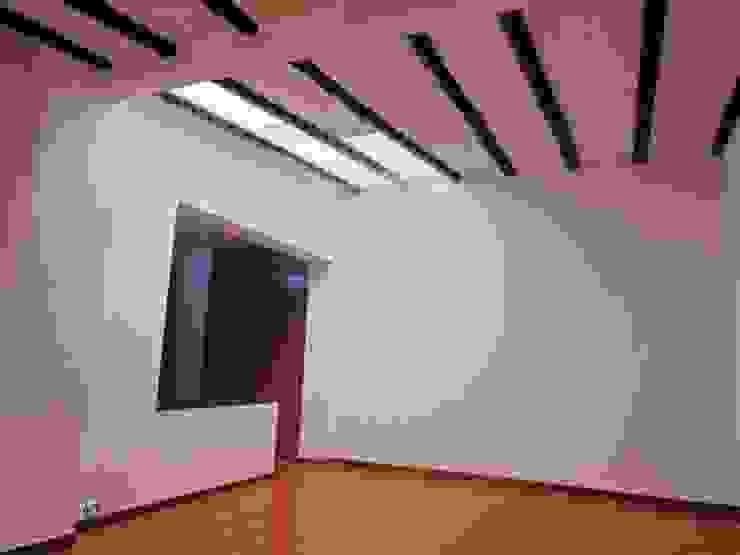 Habitación Principal Habitaciones de estilo clásico de AlejandroBroker Clásico