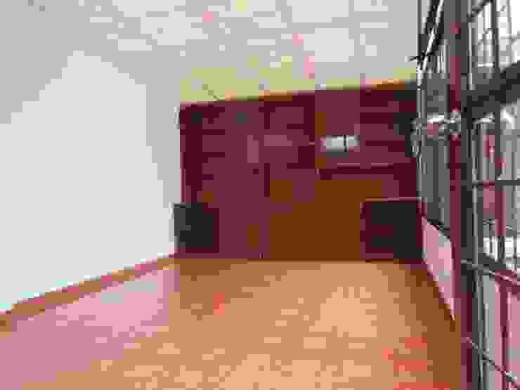 Habitación y Estudio Estudios y despachos de estilo clásico de AlejandroBroker Clásico