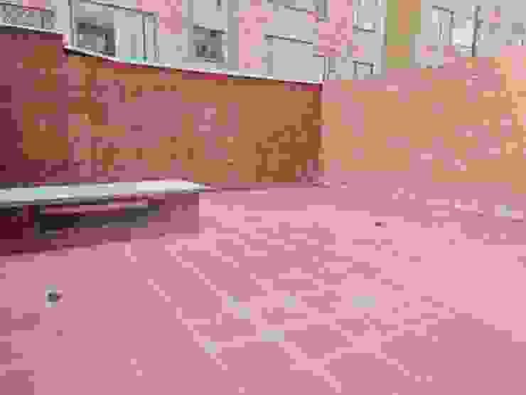 Terraza Privada Balcones y terrazas de estilo clásico de AlejandroBroker Clásico