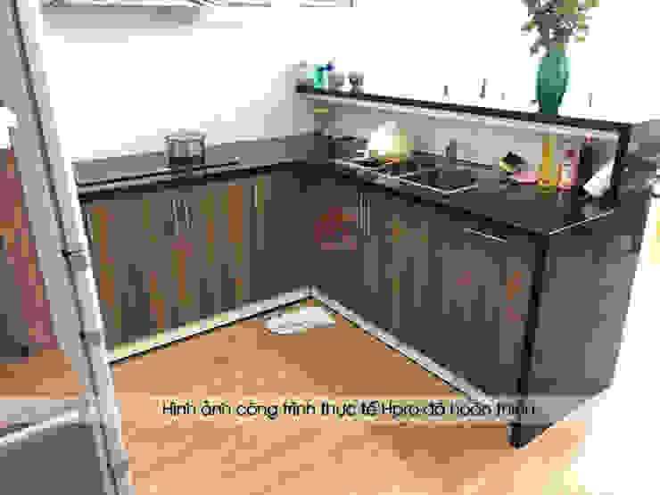 Ảnh thực tế phần khu vực bên trong của tủ bếp laminate hình chữ U: hiện đại  by Nội thất Hpro, Hiện đại