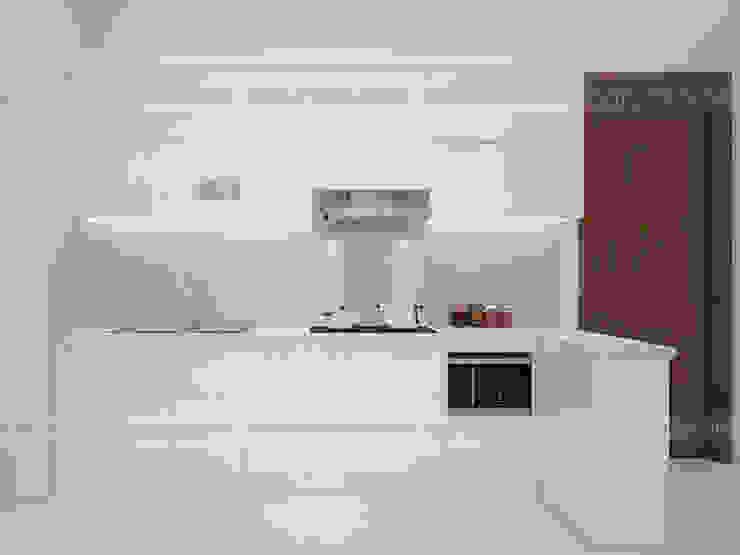 Ảnh thực tế tủ bếp acrylic full trắng nhà chị Hiền ở CC Ciputra: hiện đại  by Nội thất Hpro, Hiện đại