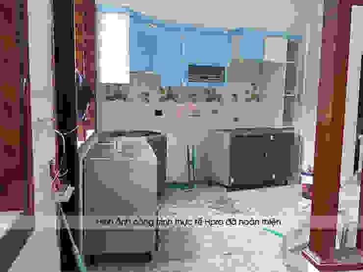 Hpro thi công tủ bếp acrylic cho nhà anh Toản ở Lạng Sơn: hiện đại  by Nội thất Hpro, Hiện đại