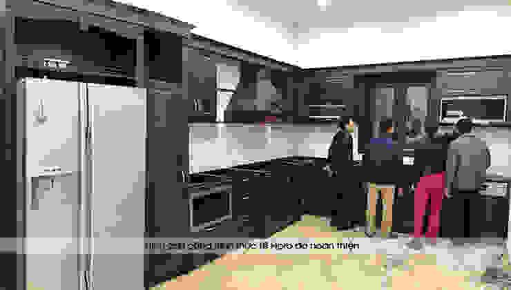 Ảnh thực tế tủ bếp gỗ óc chó nhà chị Hiền ở Hưng Yên trong lúc sắp hoàn thành thi công: scandinavian  by Nội thất Hpro, Bắc Âu