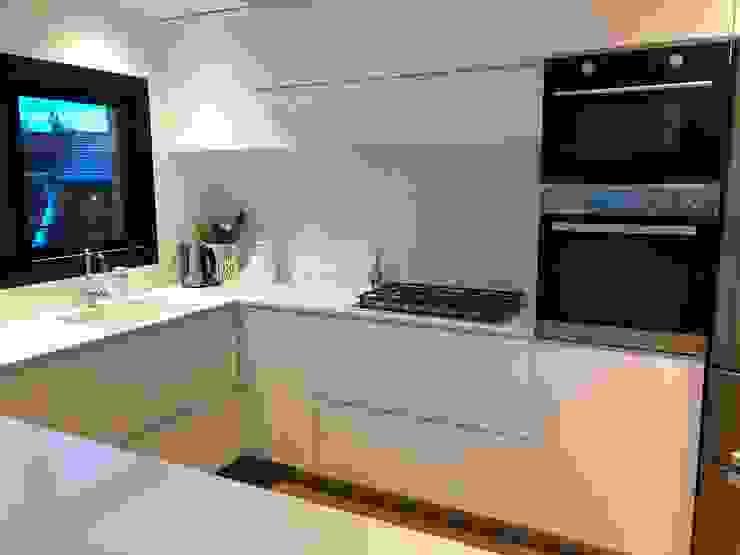 Cocina Cocinas minimalistas de Modulus Minimalista