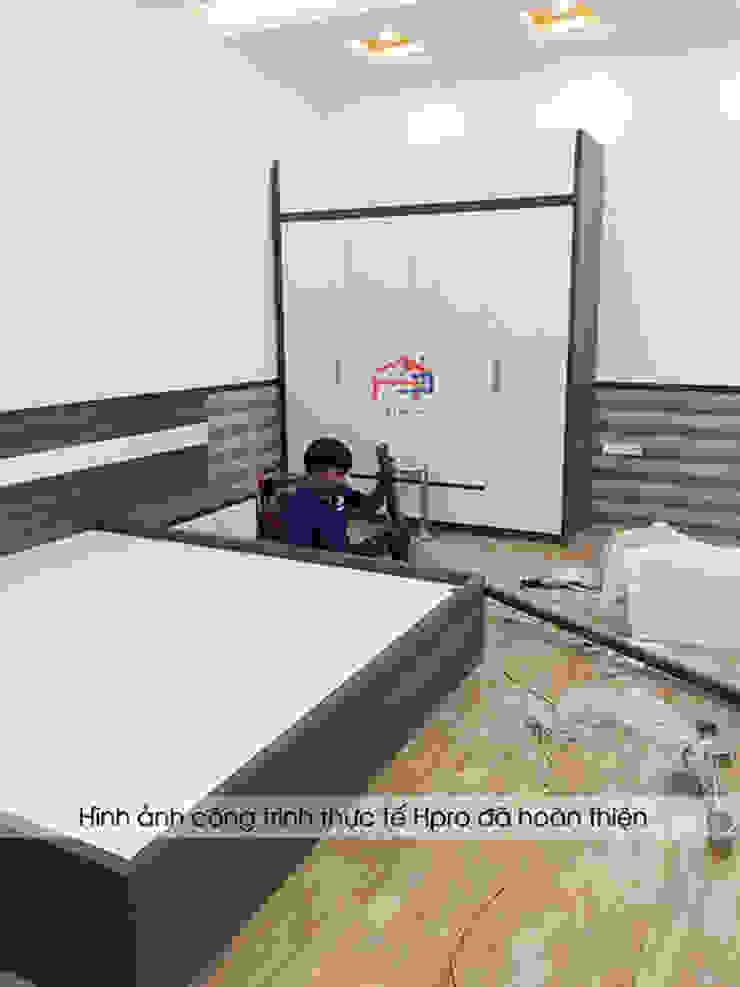 Hpro thi công lắp đặt nội thất phòng ngủ master gỗ melamine cho nhà chị Tuyết tại Phú Thọ bởi Nội thất Hpro