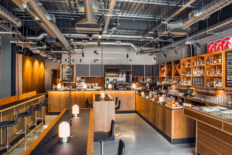 Bar Space od Shape London Nowoczesny