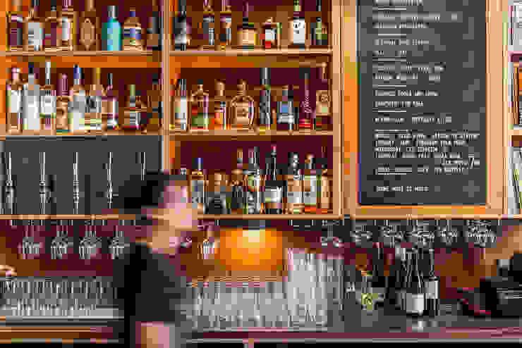 Bar od Shape London Nowoczesny
