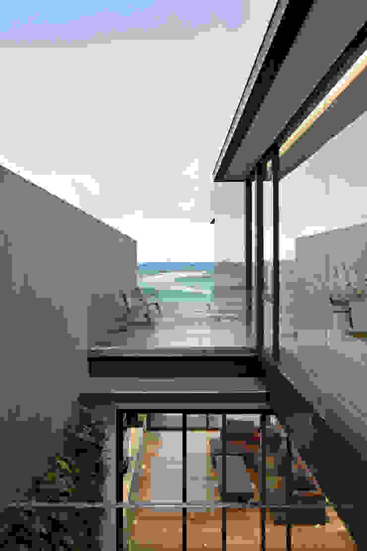 Rakta Studio Balcony