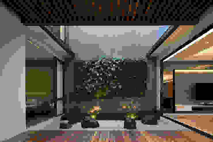 Rakta Studio Zen garden