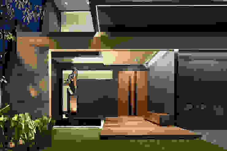 Pintu Depan Oleh Rakta Studio Asia