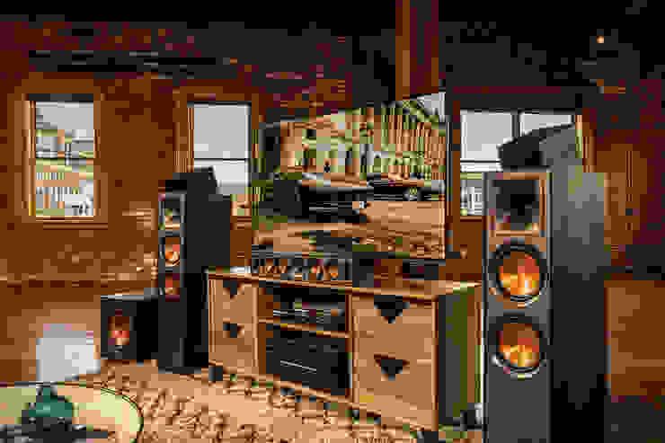 Magnelusa, SA Living roomTV stands & cabinets