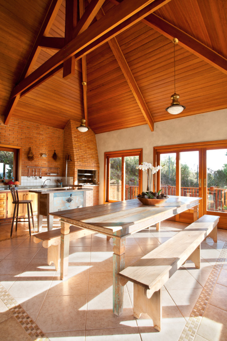 Liliana Zenaro Interiores Rustic style house