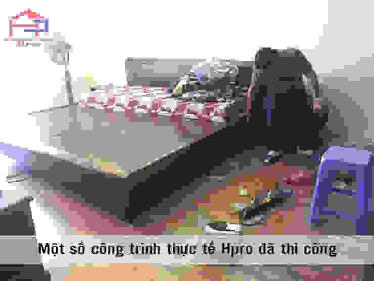 Ảnh thực tế giường ngủ xoan đào trong nội thất phòng ngủ ông bà: Châu Á  by Nội thất Hpro, Châu Á