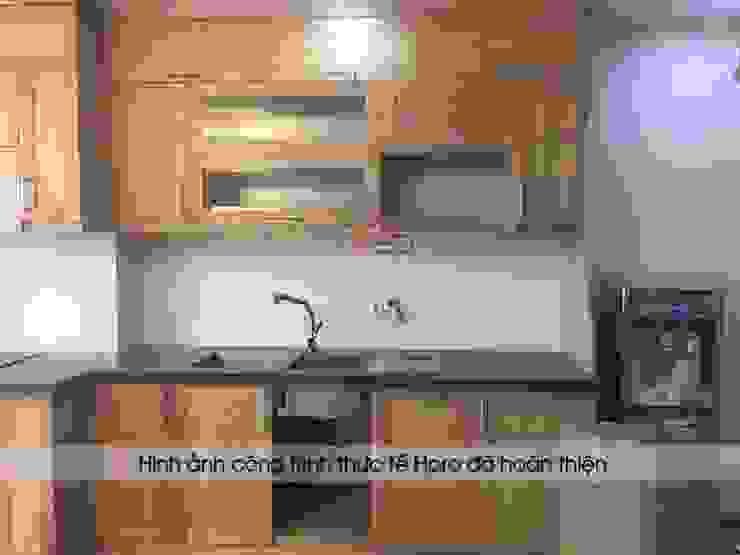 Hoàn thiện thi công lắp đặt tủ bếp gỗ sồi nga chữ I nhà cô Huyền ở Trung Kính: hiện đại  by Nội thất Hpro, Hiện đại