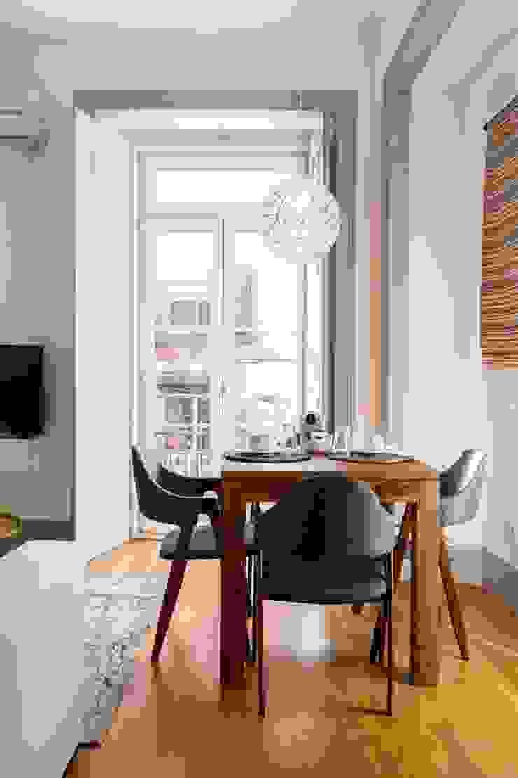 OpenSpace - Zona de refeição por Traço Magenta - Design de Interiores Moderno