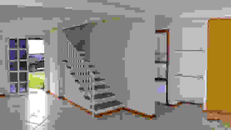 Koridor & Tangga Modern Oleh 5CINQUE ARQUITETURA LTDA Modern